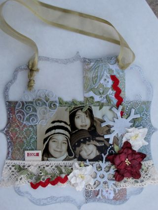 Christmas wall hanging layout