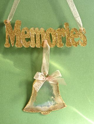 Clear_Scraps_Ornament_Memories_Bell_Christmas_Pinky_Hobbs_Clearsnap8