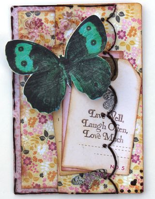 LeahCrowe_ClearScraps_ScallopCard-Love