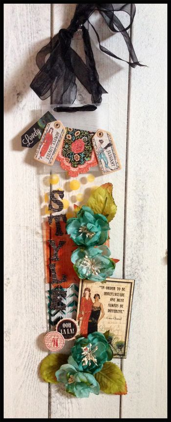 April kit Acrylic wall hanging1