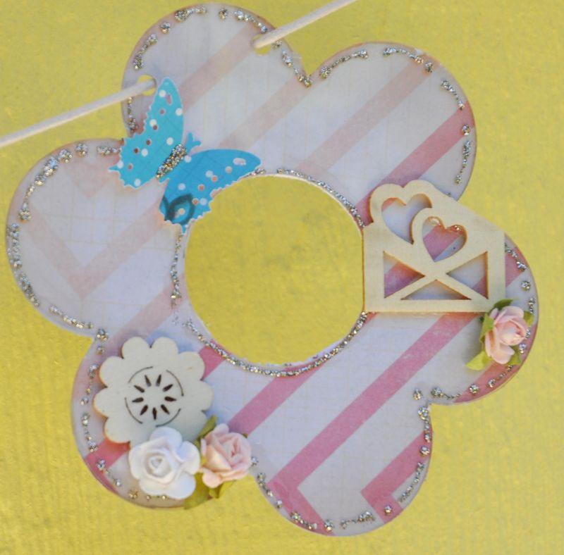 Flower4_clearscraps_butterflybanner_nancykeslin