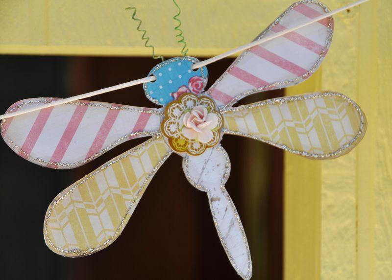 Dragonfly2_clearscraps_butterflybanner_nancykeslin