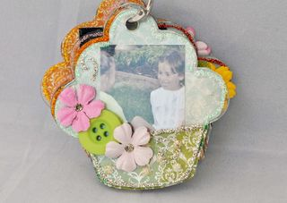 Hello_cupcake_keychain_mini album_nancy keslin_page 2
