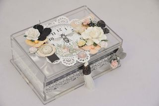 Box_acrylic_top_nancy keslin