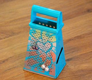 Clear Scraps Stencil Cheese Grater Earring Holder Pinky Hobbs2