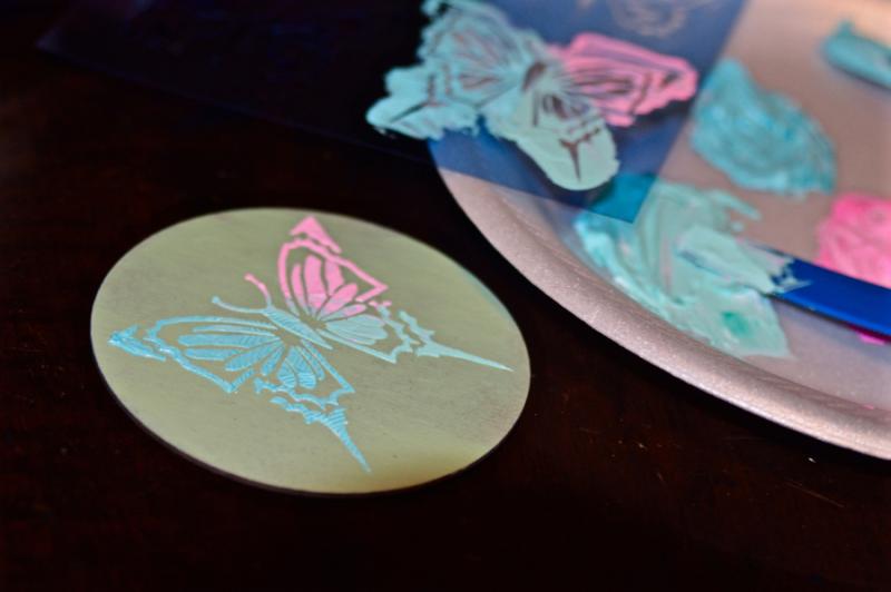 Clear Scraps Butterfly Stencil Modeling Paste Shaker Pinky Hobbs - 3
