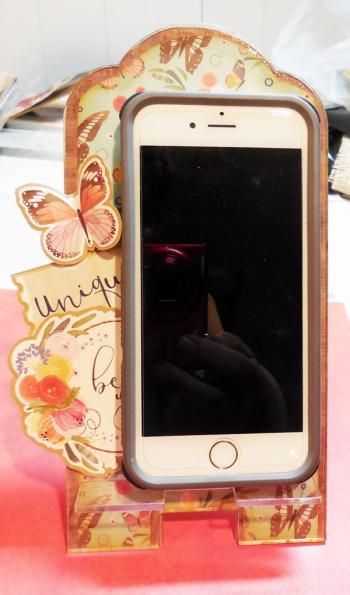 Phone-stand-4-clearscraps-steph-ackerman