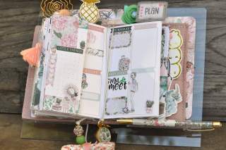 Planner stand_clear scraps_nancy keslin_planner society