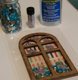 Clear Scraps Shaker Acrylic Card by Pinky - 5