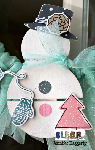 Clear_Scraps_Snowman_Mini_Pallet_Shape_Wreath2