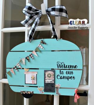 Clear_Scraps_Camper_DIY_Pallet_Shape