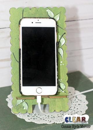 Scallop phone stand2_clear scraps_c.mercer