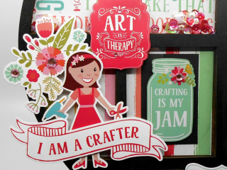 Clear_Scraps_Heart_Tray_Crafter