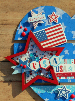 Clear_Scraps_DIY Pallet_Patriotic Heart close up 3