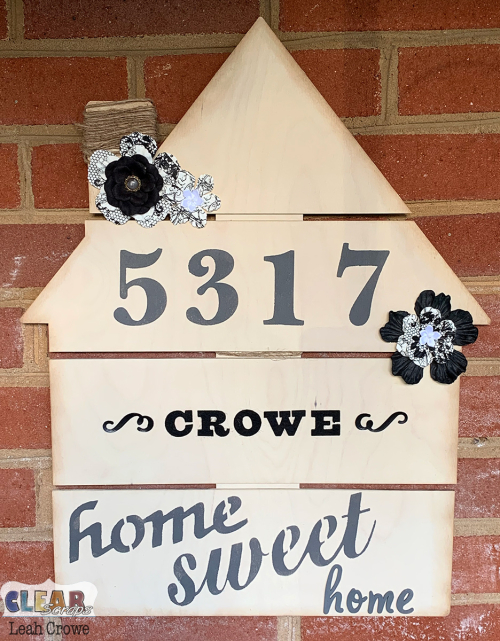 HousePalletShape_HomeSweetHome_LeahCrowe
