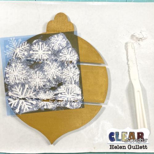 DIY_Snowflakes_Ornament_Bulb_Pallet_03