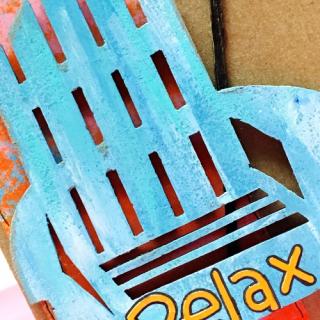 Clear_scraps_chipboard_beach_chair_cu (500x500)