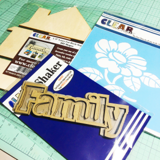 Clear_scraps_home_pallet_wood_family_shaker_zinnia_stencil_supplie