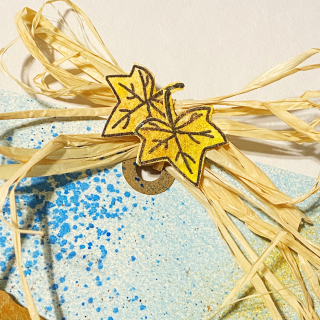 Clear_scraps_oak_tree_chipboard_embellishment_tag_bow