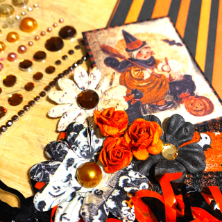 Clear_scraps_scalloped_chipboard_banner_halloween_vintage_decor_5