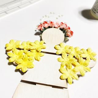 Clear_scraps_garden_angel_wood_mini_pallet_tsanders_wings
