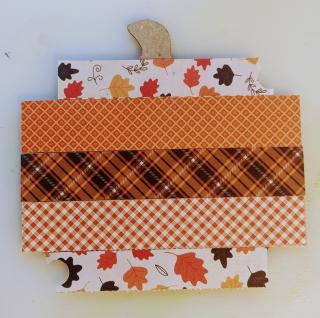 Pumpkin shaker paper