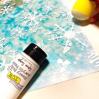 Clear_scraps_snowflake_acrylic_sheet_mitten_shaker_box_edge