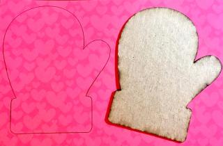 Clear_Scraps_Mitten Mini Shaker_I'm S-Mitten Valentine's Card close up 1(1)