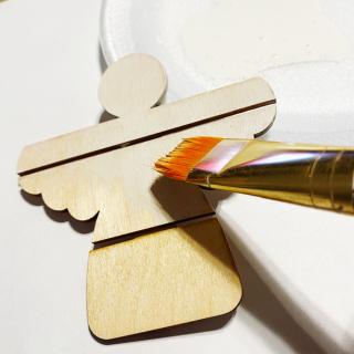 Clear_scraps_garden_angel_wood_mini_pallet_tsanders_paint