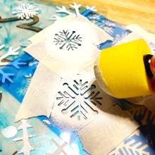 Clear_scraps_snowflake_acrylic_sheet_mitten_shaker_box_stencil