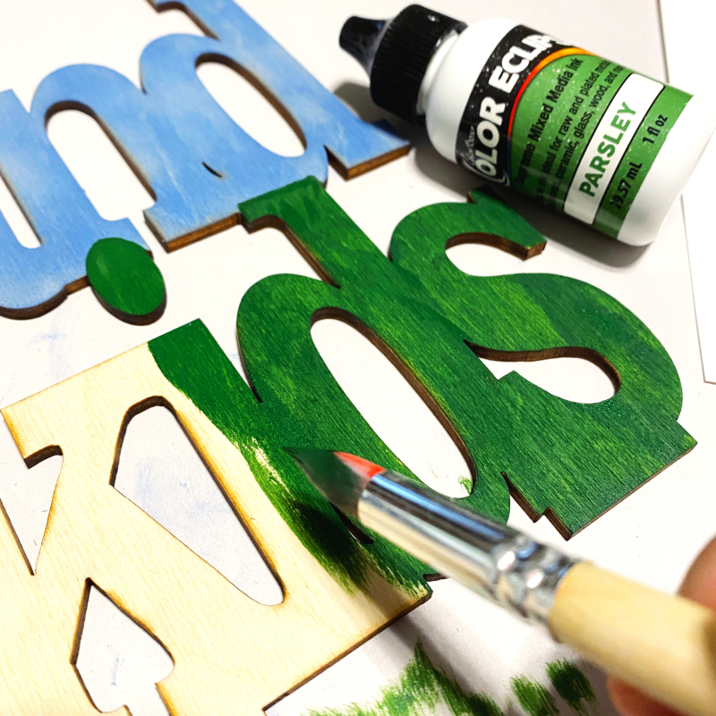 IMG_42clear_scraps_wood_frame_grandkids_gift_tsanders_paint