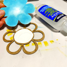 Clear_scraps_flower_shaker_card_stencil_thanks_layer 1
