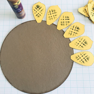Clear_Scraps_Sunflower_Circle_Tray_Demo3