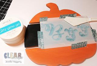 Clear_Scraps_Boo_Pumpkin_DIY_Pallet4
