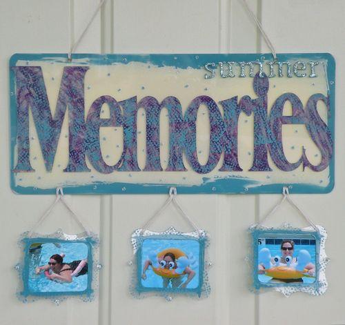 Memories Hanger