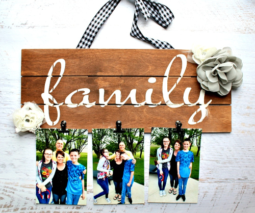 Family Wood Pallet