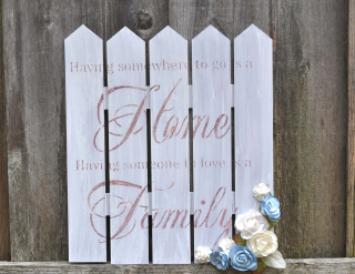 Home Picket Fence Decor