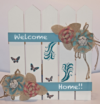 Welcome Home Wood Chalkboard Fence